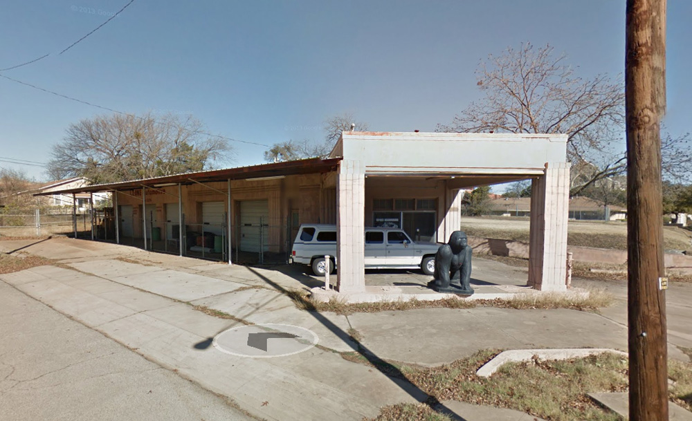 waco historic gulf service station before restoration